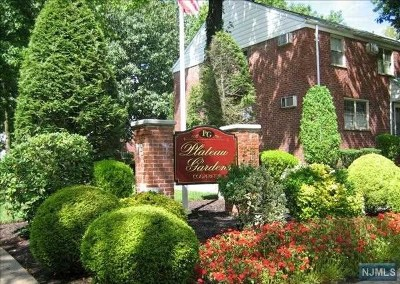 Fort Lee Condo/Townhouse For Sale: 425 Plateau Avenue #B