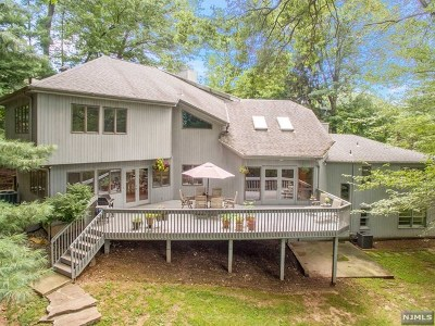 Tenafly Single Family Home For Sale: 33 Inness Road