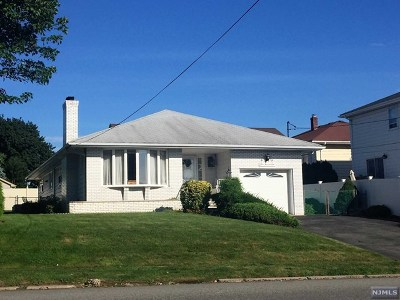Hasbrouck Heights Single Family Home For Sale: 401 Boulevard