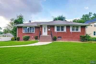 Oradell Single Family Home For Sale: 23 Elizabeth Street