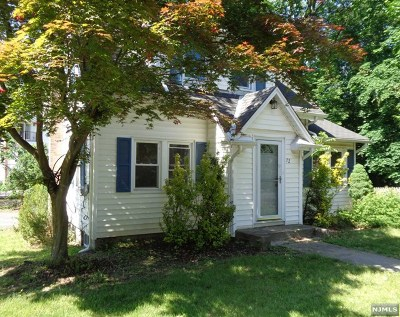 Wayne Single Family Home For Sale: 72 North Road