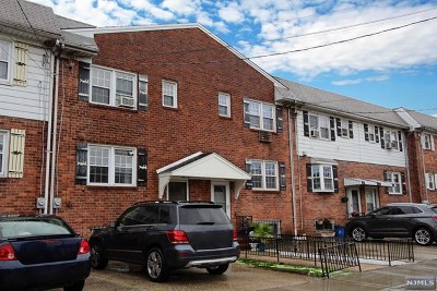 Hudson County Single Family Home For Sale: 111 Warren Street