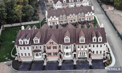 Montvale Condo/Townhouse For Sale: 206 Premier Way