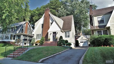 Hudson County Single Family Home For Sale: 16 Livingston Avenue