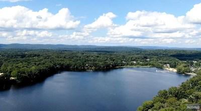 Franklin Lakes Single Family Home For Sale: 967 Scioto Drive