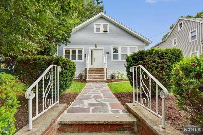 Teaneck Single Family Home For Sale: 88 Maple Street