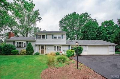 Midland Park Single Family Home For Sale: 5 Demund Lane