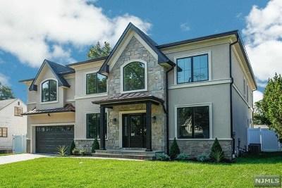 Paramus Single Family Home For Sale: 162 Victoria Avenue