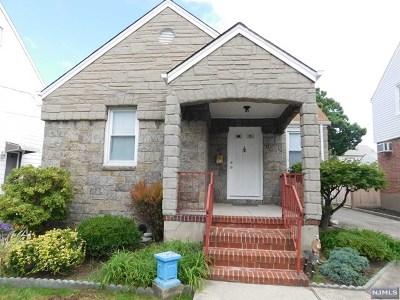 Cliffside Park Single Family Home For Sale: 377 Oakdene Avenue
