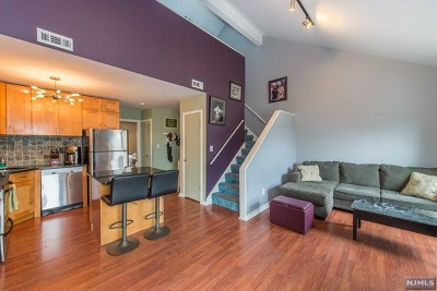 Little Ferry Condo/Townhouse For Sale: 156 Liberty Street #12