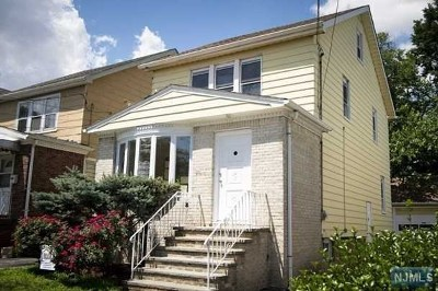 Little Ferry Single Family Home For Sale: 168 Woodland Avenue