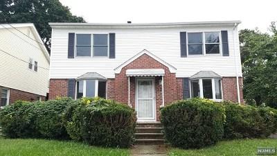 Rochelle Park Single Family Home For Sale: 32 William Street