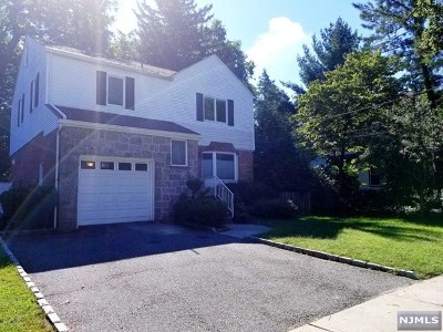 Leonia Single Family Home For Sale: 45 Brook Terrace