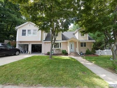 New Milford Single Family Home For Sale: 182 Washington Avenue