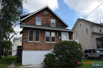 Little Ferry Single Family Home For Sale: 30 Eckel Road