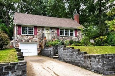 Ridgewood Single Family Home For Sale: 332 Fairmount Road