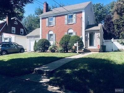 Rochelle Park Single Family Home For Sale: 31 Bennett Avenue
