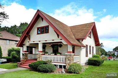 River Edge Single Family Home For Sale: 140 Howland Avenue