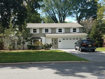 Waldwick Single Family Home For Sale: 26 Duncan Street