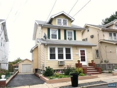 Cliffside Park Single Family Home For Sale: 522 Kearney Avenue