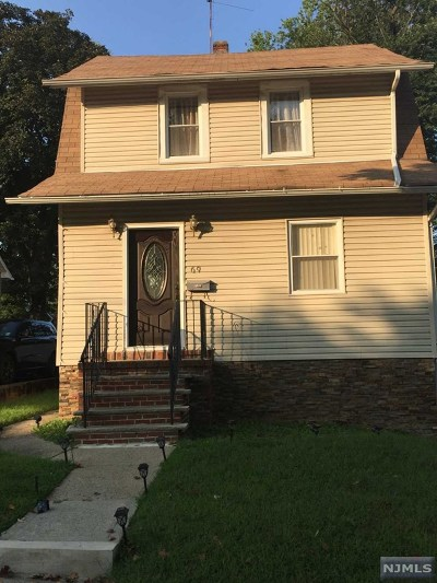 Teaneck Single Family Home For Sale: 69 Franklin Road