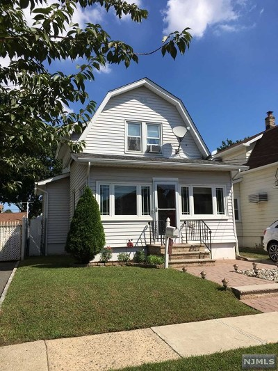 Lyndhurst Single Family Home For Sale: 149 Post Avenue