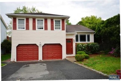 Clifton Single Family Home For Sale: 11 Coppola Court