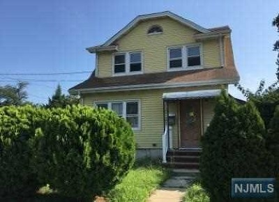 Hackensack Single Family Home For Sale: 58 Catalpa Avenue