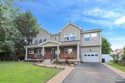Waldwick Single Family Home For Sale: 6 Cambra Road