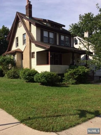 Teaneck Single Family Home For Sale: 174 Selvage Avenue