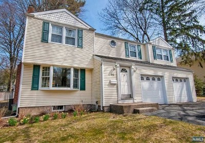 Demarest Single Family Home For Sale: 62 Central Avenue