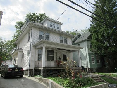 North Bergen Single Family Home For Sale: 407 76th Street