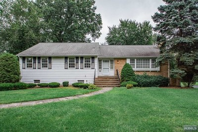 Glen Rock Single Family Home For Sale: 110 Lowell Road