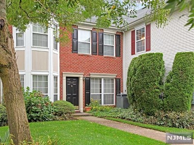 Mahwah NJ Condo/Townhouse For Sale: $354,900