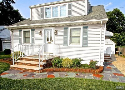 Fair Lawn Single Family Home For Sale: 6-11 Plaza Road