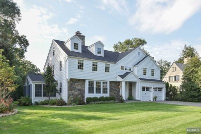 Ho-Ho-Kus Single Family Home For Sale: 37 Sutton Drive