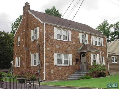 Saddle Brook Single Family Home For Sale: 14 Sterling Place
