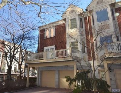 Bergen County Condo/Townhouse For Sale: 34 Lenox Court