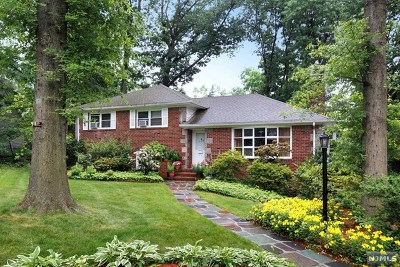 Bergen County Single Family Home For Sale: 518 Nordhoff Drive
