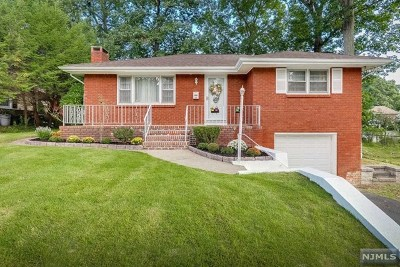Bergen County Single Family Home For Sale: 40 Lindbergh Parkway