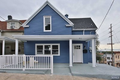 North Bergen Single Family Home For Sale: 911 Liberty Avenue