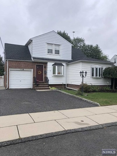 Saddle Brook Single Family Home For Sale: 610 Larch Avenue