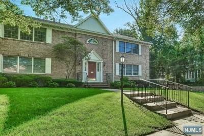 Ridgewood Condo/Townhouse For Sale: 7 Liberty Street #4b