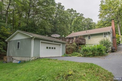 West Milford Single Family Home For Sale: 92 Broadway