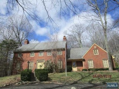 West Milford Single Family Home For Sale: 98 Rockburn Pass