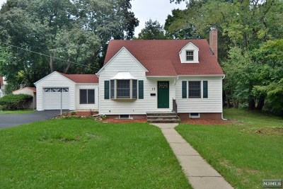 Woodcliff Lake Single Family Home For Sale: 17 Franklin Street