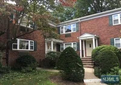 Tenafly Condo/Townhouse For Sale: 68 Franklin Street #56c