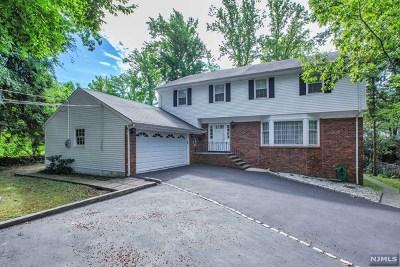 Englewood Cliffs Single Family Home For Sale: 45 Karens Lane