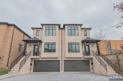Bergen County Condo/Townhouse For Sale: 105 East Palisades Boulevard #A