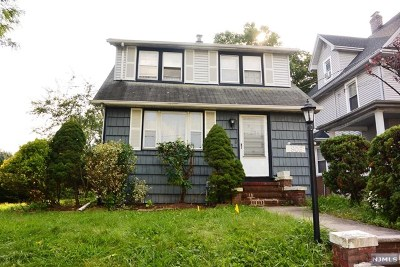 Ridgefield Single Family Home For Sale: 906 Elm Avenue
